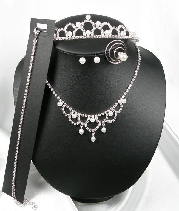 949f130b815 Souprava se šperky svatební bižuterie - náhrdelník + náušnice + náramek + spirála  do vlasů + korunka